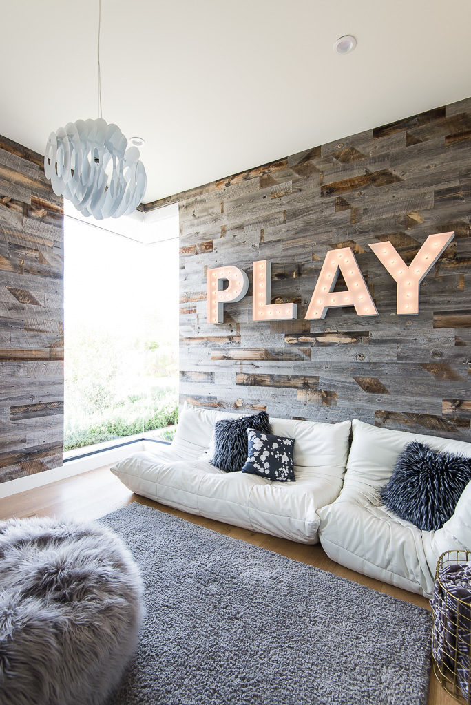 Play room stikwood